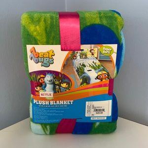 Beat Bugs Plush Blanket